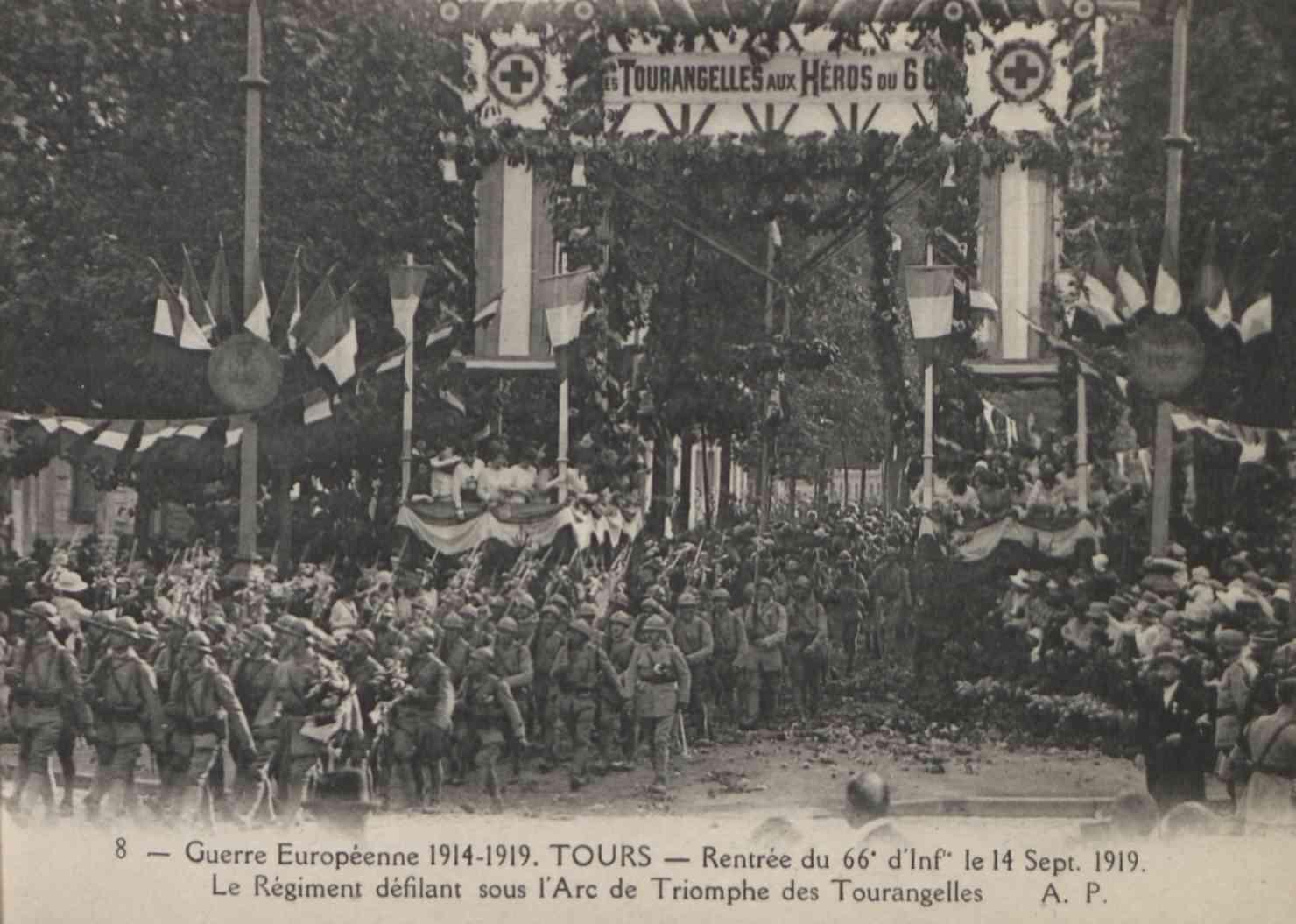 Tours commémore la Grande Guerre  # Tours @ Péristyle de l'Hôtel de Ville  | Tours | Centre-Val de Loire | France